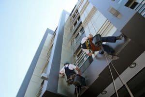 Czym zajmuje się alpinizm przemysłowy?